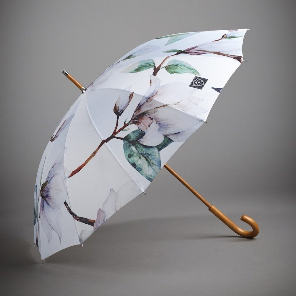 classic wooden handle umbrella with magnolia fabric